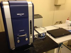 卓上電子顕微鏡